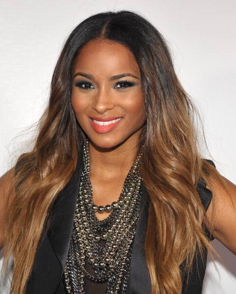 Dark Brown Hairstyles With Thick Blonde Highlights