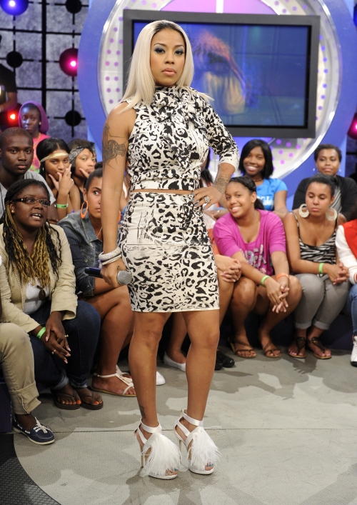 Chic Or Weak Keyshia Cole S Exposed Roots Featuring