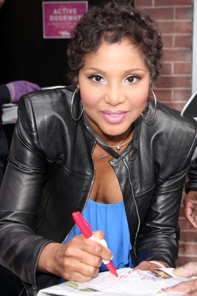 Toni Braxton Shows Off Short Pixie Haircut On The Cover Of