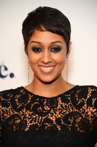 Get The Scoop – Tia Mowry Dishes On Why She Cut Her Hair