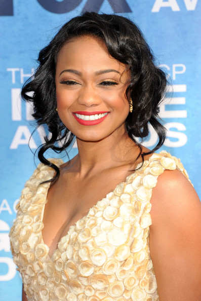 Holiday Hairstyles For Black and African American Women 1