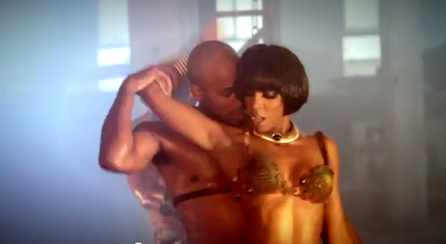 Kelly Rowland Wears Blunt Bangs and Bob Haircut in New Video 'Ice'