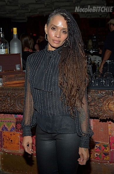 Lisa Bonet Shows Off Half Shaven Trend and Grey Hair 2