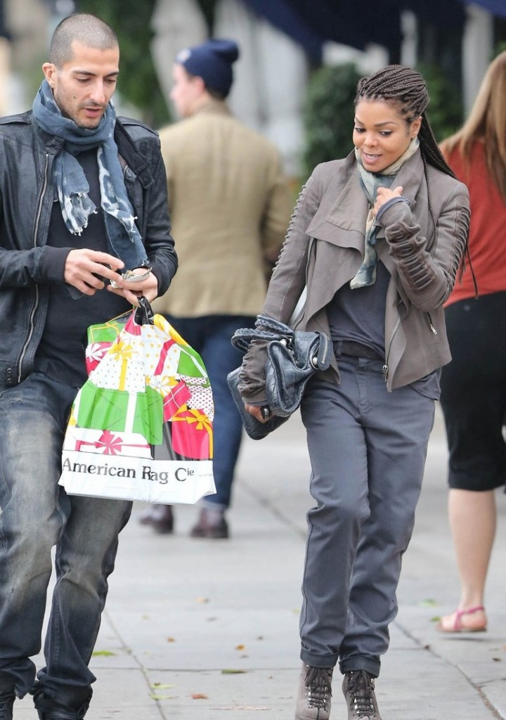 Guess Who Was Spotted Rocking The Box Braid Trend …Janet Jackson
