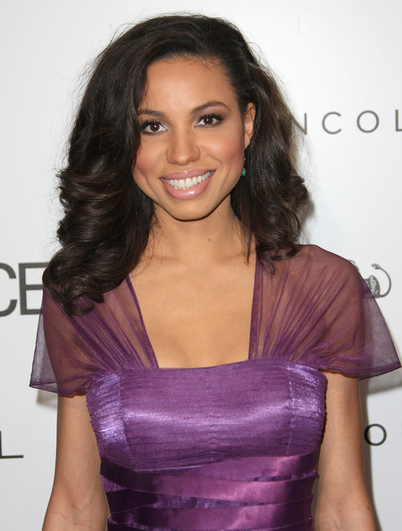 Hair Crush – Jurnee Smollett Hairstyles ( She's All Grown Up With Beautiful Hair)