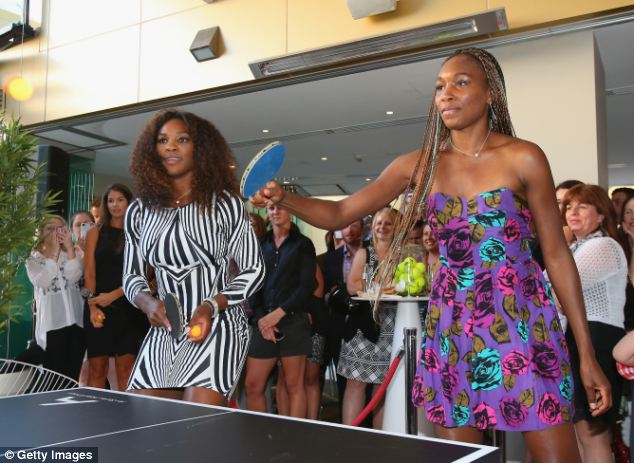 Venus Williams Shakes Up Her Box Braids With Blue Hair Color 2