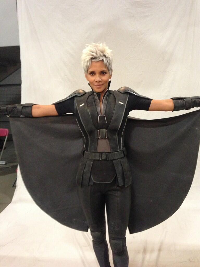 "Halle Berry Gets White Pixie Wig For New ""X-Men: Days of Future Past"" Movie"