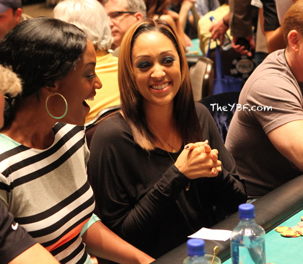 Tia Mowry Hardrict Debuts Blonde Streaked Hair Color 2