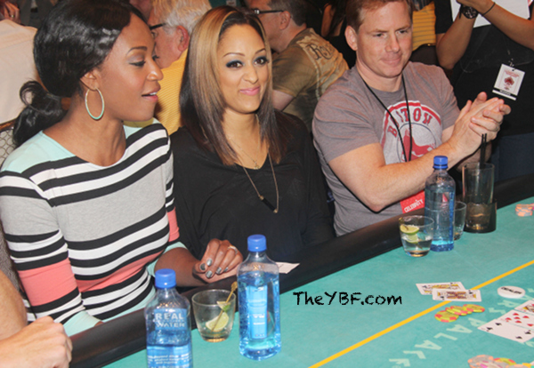 Tia Mowry Hardrict Debuts Blonde Streaked Hair Color 3