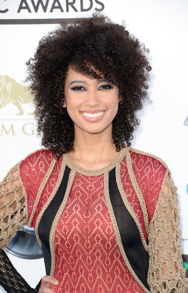 Curly Summer Hairstyles and Hair Ideas For Black Women  9