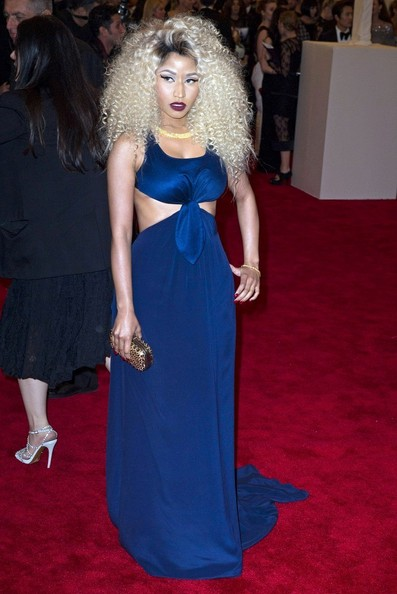 Nicki Minaj Shows Off Tight Curly Hairstyle at The 2013 Met Gala 2