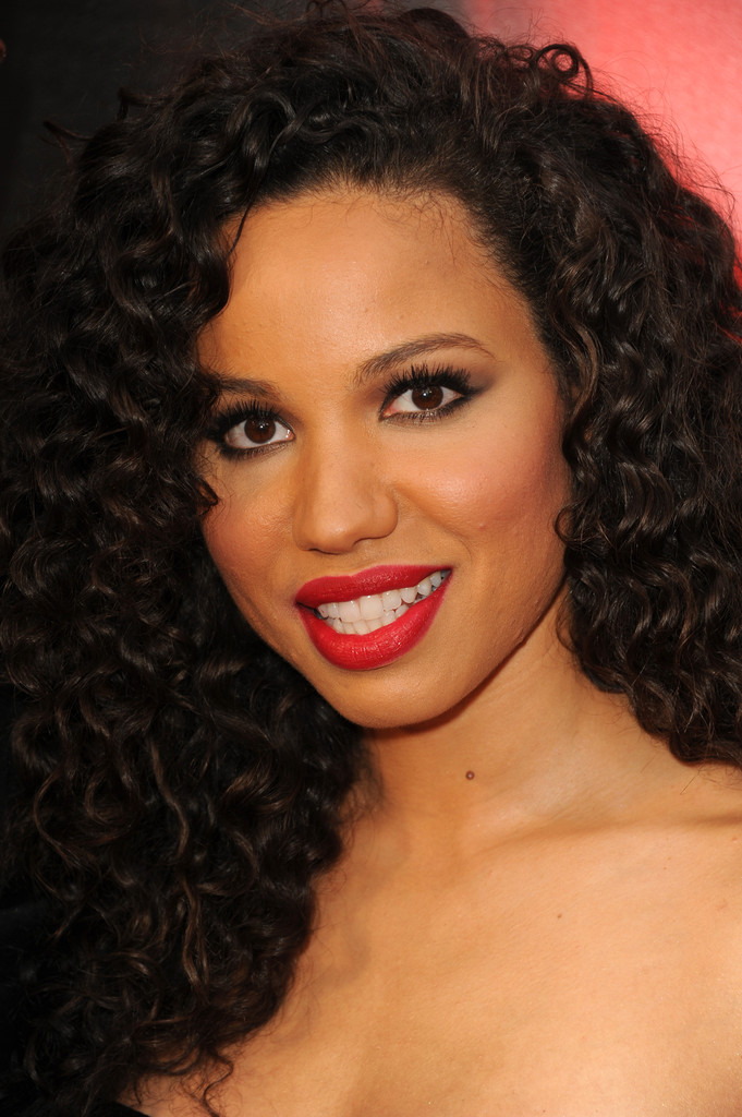 Jurnee Smollett-Bell Works Her Curly Strands On The Red Carpet 5