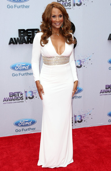 2013 BET Awards Fashion Trend - White Hues 6