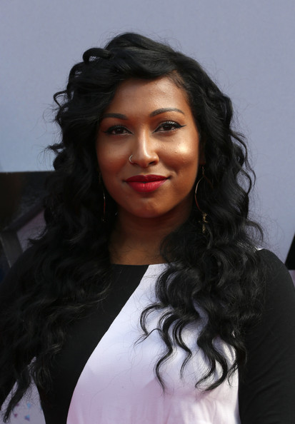 2013 BET Awards Hairstyles and Makeup Trends 12