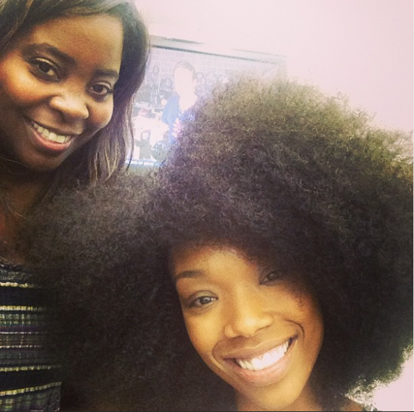 Brandy Shows Off Her Natural Hair
