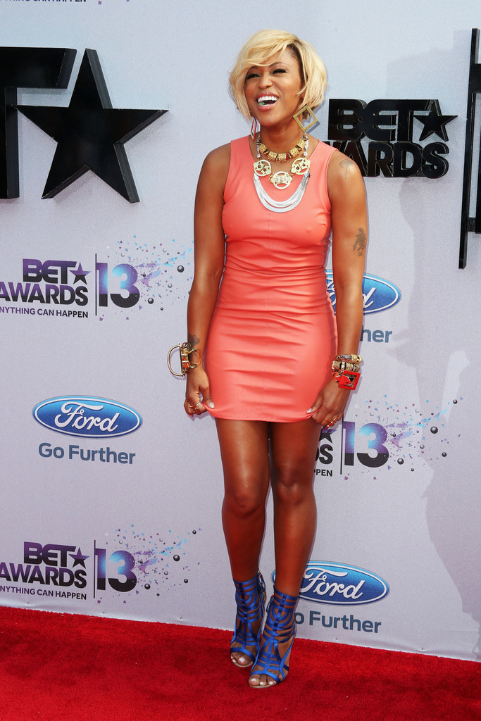 Eve Shows Off New Bob Haircut At The 2013 BET Awards