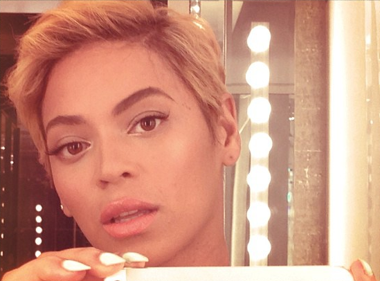 Beyonce Flaunts New Blonde Pixie Cut (Check Out Her New Short Haircut)