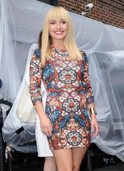 Hayden Panettiere Vs. Nicki Minaj In Alexander McQueen Long-Sleeve Stained Glass Jersey Dress 3