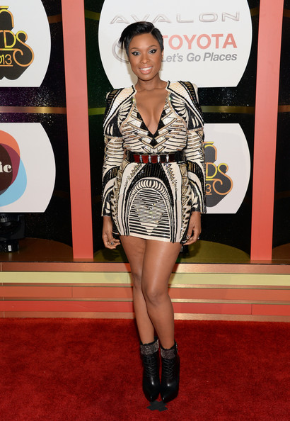 Jennifer Hudson Shows Off Chic New Pixie Haircut 2