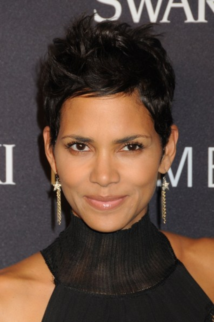 Pixie Haircut Ideas for Black Women 2