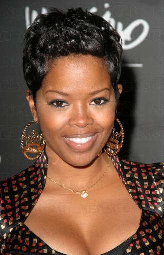 Pixie Haircut Ideas for Black Women 3
