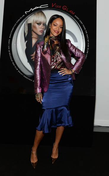 Rihanna Looked Fab At Her MAC Cosmetics Launch of Viva Glam 3