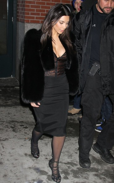 Kim Kardashian Tries Out Fur Coat Trend 4