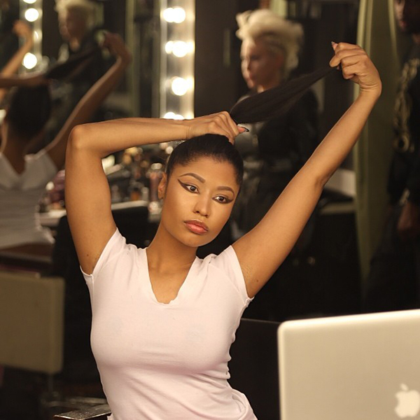 Nicki Minaj Shows Off Natural Hair In The Form Of A Ponytail