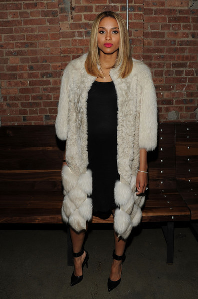 Ciara's Maternity Fashion Sense 5