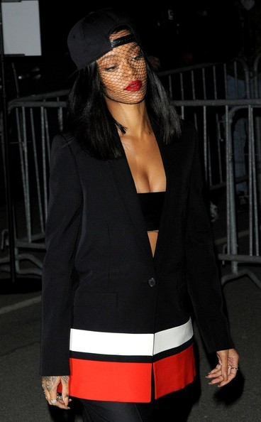 Rihanna Works Paris Fashion Week 3
