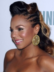 bridesmaids hairstyles for black women 14