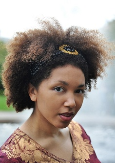 Natural Hairstyles With Accessories 10