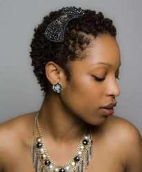 Natural Hairstyles With Accessories 14
