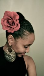 Natural Hairstyles With Accessories 15