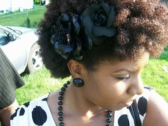 Natural Hairstyles With Accessories 16