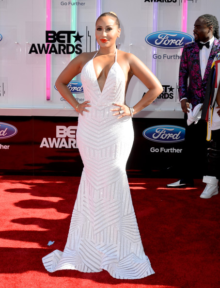 BET AWARDS '14 - Best Hair, Makeup and Fashion From The Red Carpet 13