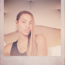 Beyonce Instagrams Knee-Length Box Braid Pics 3
