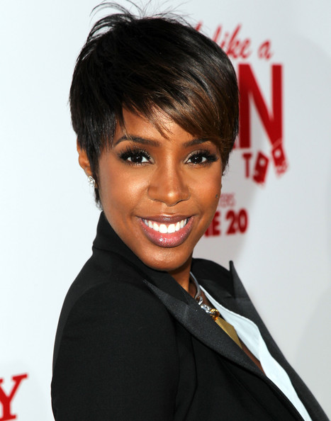 Kelly Rowland Is Rocking Short Hair Again!