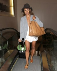 Celebrity Style - Kat Graham's Airport Ensemble 4