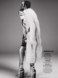 Erykah Badu Goes Retro For In Style Magazine September 2014 Issue 4