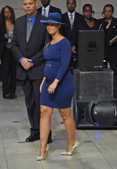 Alicia Keys' Pregnancy Style 5