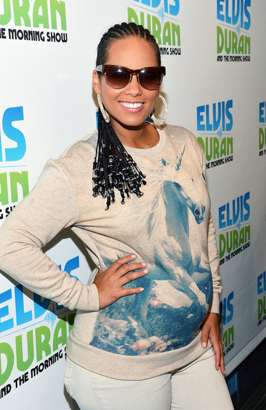 Awesome Alicia Keys Pregnancy Style The Style News Network Short Hairstyles Gunalazisus