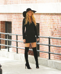 Fall 2014 Fashion - Celebs Rocking Over The Knee Boots 10