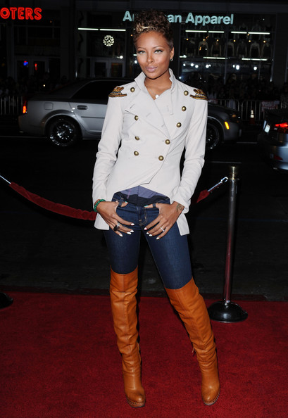 Fall 2014 Fashion - Celebs Rocking Over The Knee Boots 2