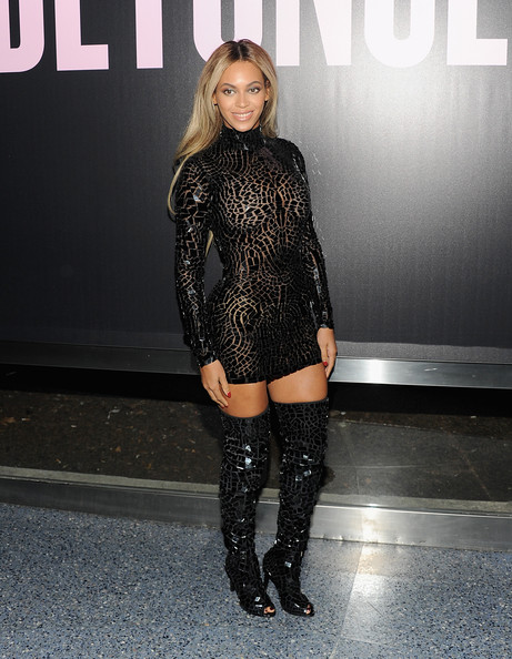 Fall 2014 Fashion - Celebs Rocking Over The Knee Boots 8