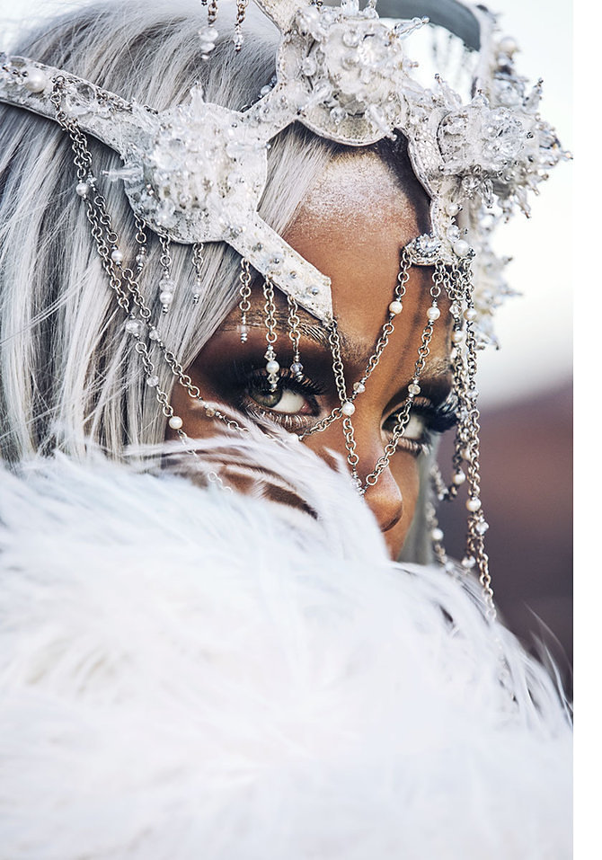 Rihanna Shows Off Fierce New Look In Tush Magazine 4