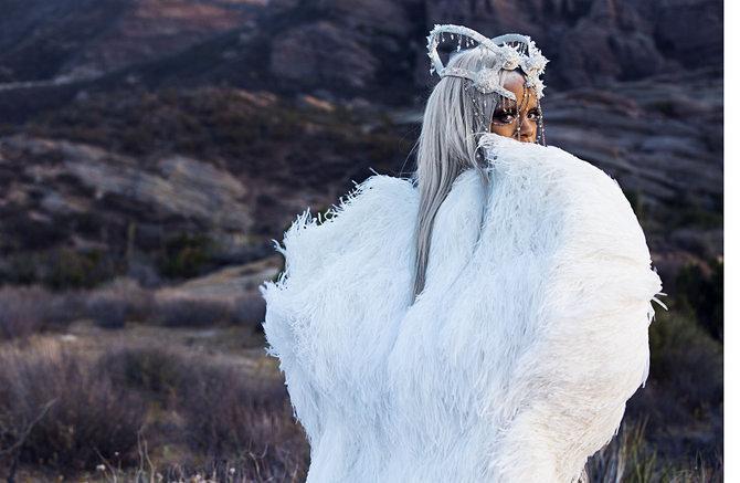 Rihanna Shows Off Fierce New Look In Tush Magazine 7