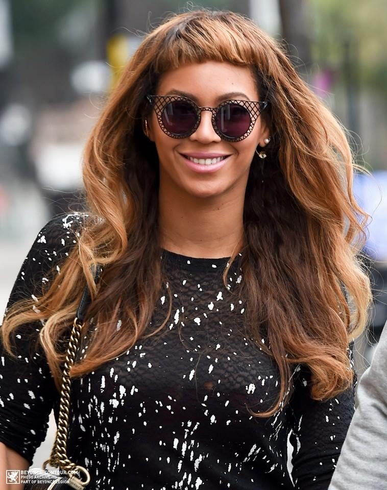 Beyonce Tries Out New Short Bangs Hairstyle  2