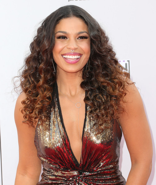 Jordin Sparks Goes Ombre Zendaya Coleman Debuts Curly Hair Amp Jhene Aiko S Braided Updo The