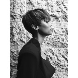 Tyra Banks Instagrams New Trendy Pixie Haircut! 2